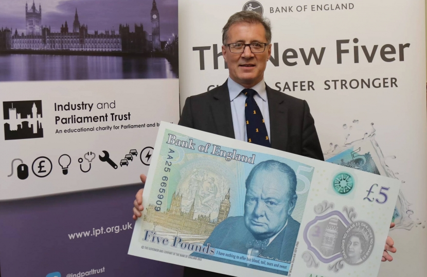 Mark Pawsey with new bank note