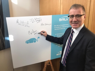 MP signs BVLRA campaign on EVs